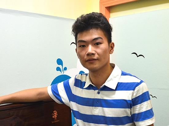 张秤飞 钢琴教师