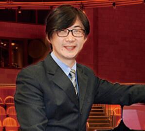 黄维希  钢琴老师